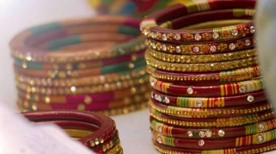 The History of the Bangles and Bracelets