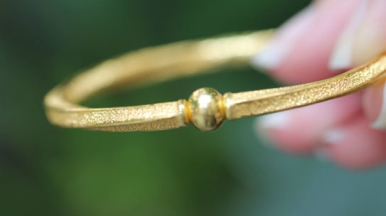 Why Authentic Jewelry is a Must