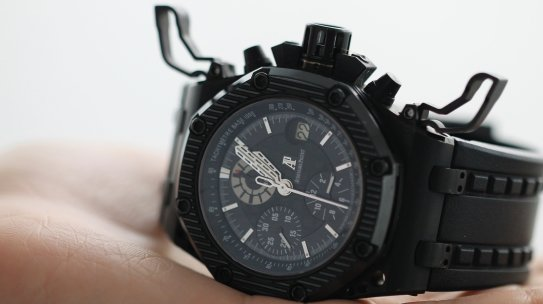 Watch Size and Fit Guide: How Your Watch Should Fit