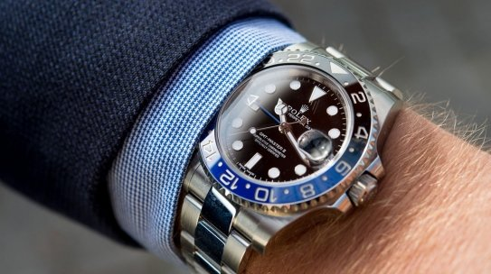 How to Set and Read a GMT Bezel for a Second Time Zone