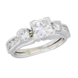 18K White Gold & 1.54ct Diamond Ring Size 5.5