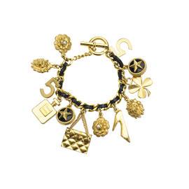 Pre-Owned Chanel Vintage Gold Charm Bracelet