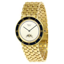 Chopard Luna D'oro 18K Yellow Gold Midsize Quartz Watch