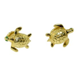 18K Yellow Gold Emerald Eye Turtle Cufflinks