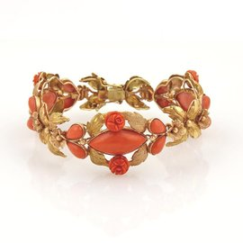 Carved Coral Flowers & 18K Yellow Gold Leaf Design Bracelet