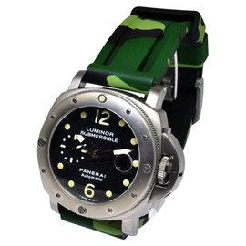 Panerai Submersible Titanium Mens Dive Watch
