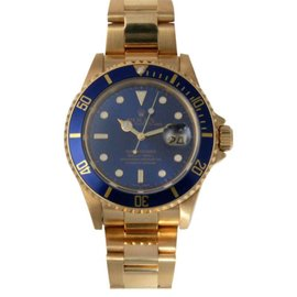 Rolex Submariner 16618 18K Yellow Gold Blue Face 40mm Watch