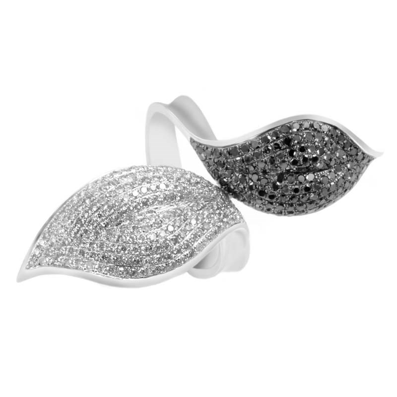 "Image of ""Natalie K 14K White Gold Black & White Diamond Pave Leaf Ring Size 6.5"""