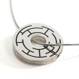 Hermes Silver Tone Metal Pendant Choker Necklace
