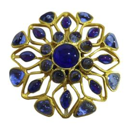Chanel Gold Tone Metal / Glass with Gripoix Pin Brooch