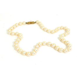 Mikimoto 18K Yellow Gold Lustrous Pearl Necklace