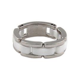 Chanel 18K White Gold & White Ceramic Link Ring