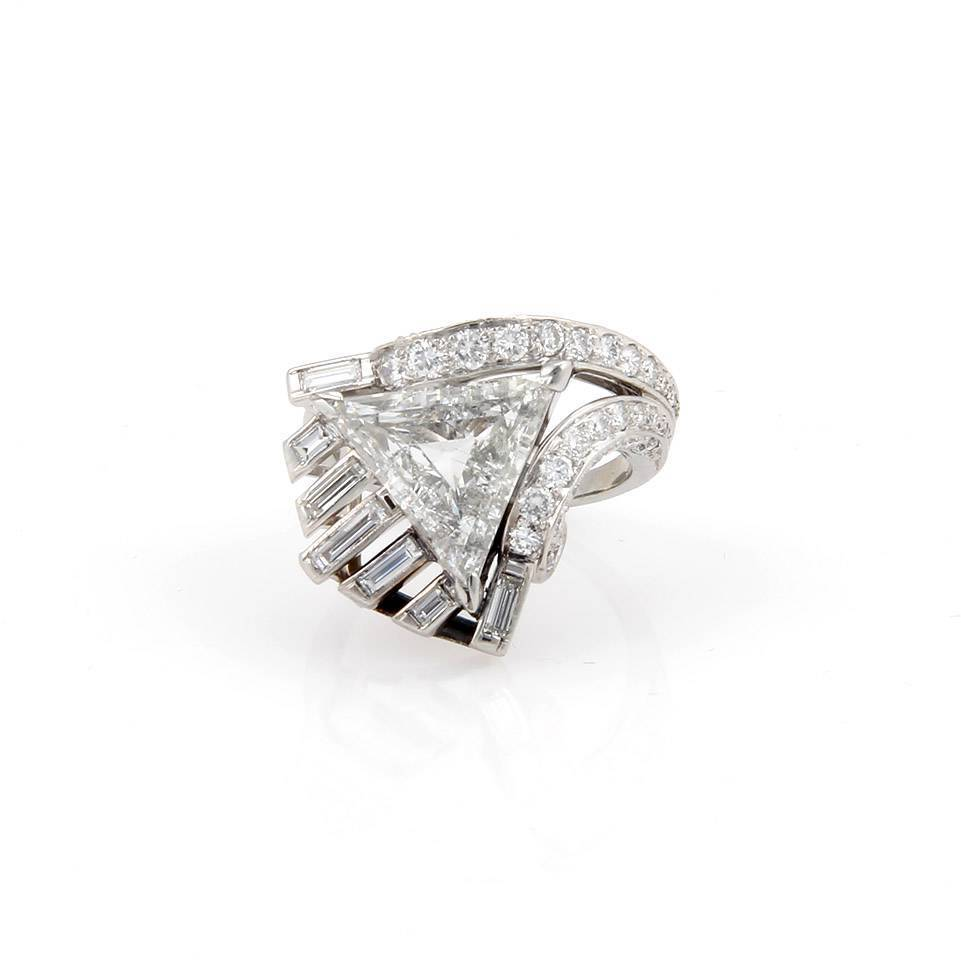 "Image of ""Platinum Triangle & Round Cut Diamond Solitaire Cocktail Ring"""