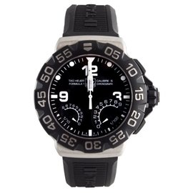 Tag Heuer CAH7010.FT6026 Calibre S Formula 1 Rubber Strap Chronograph Mens Watch