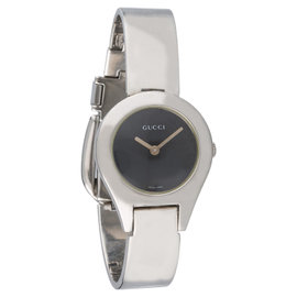 Gucci YA067502 Black Dial Stainless Steel Bracelet Womens Watch