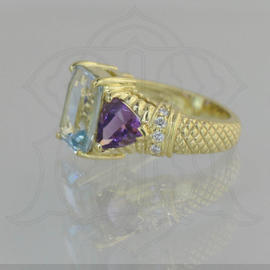 Judith Ripka 18K Yellow Gold Aquamarine Amethyst & Diamond Ring Size 6