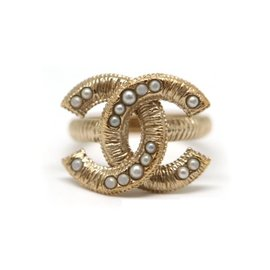 Chanel Coco Mark Gold Tone Metal & Pearl Ring Size 6.25