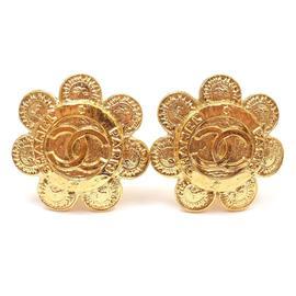 Chanel Gold Tone Large CC Logo Daisy Clip On Earrings