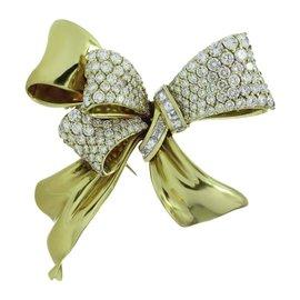 Chaumet 18K Yellow Gold Diamond Bow Brooch Pin