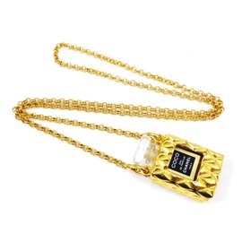 Chanel Gold Tone Hardware Perfume Coco Chain Pendant Necklace