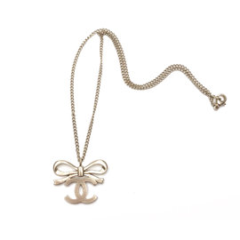Chanel Gold Tone Hardware Ribbon Bow CC Necklace