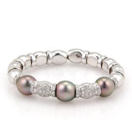 18K White Gold South Sea Pearl & Diamond Bangle Bracelet