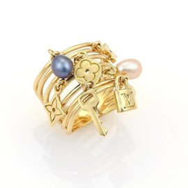 Louis Vuitton 18K Yellow Gold Monogram Pearls 7 Dangling Charm Wire Band Ring Size 5