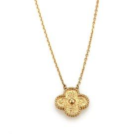 Van Cleef & Arpels Vintage Alhambra 18K Rose Gold Pendant Chain Necklace