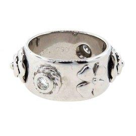 Chanel 18K White Gold & Diamond Ring
