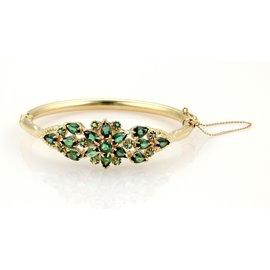 14K Yellow Gold Floral Design Green Tourmaline Gems Bangle Bracelet