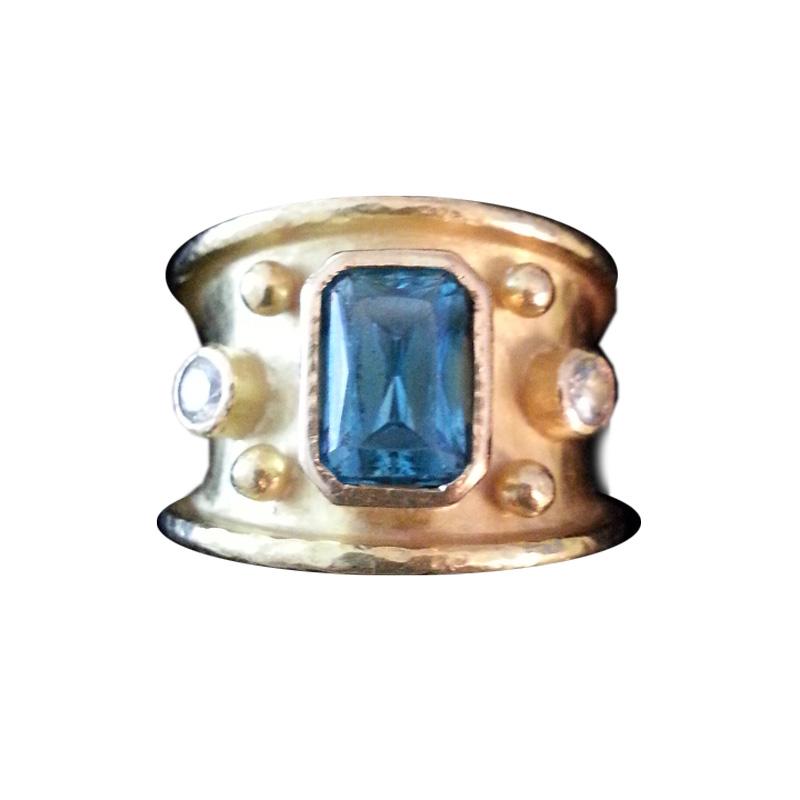 "Image of ""Elizabeth Locke Yellow Gold Blue Topaz and Diamond Ring"""