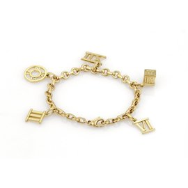 Tiffany & Co. Atlas 18K Yellow Gold Roman Numeral 5 Charms Chain Bracelet
