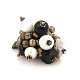 Buccellati 800 Sterling Silver White Agate Onyx & Pearls Silver Bead Cluster Ring Size 8.5