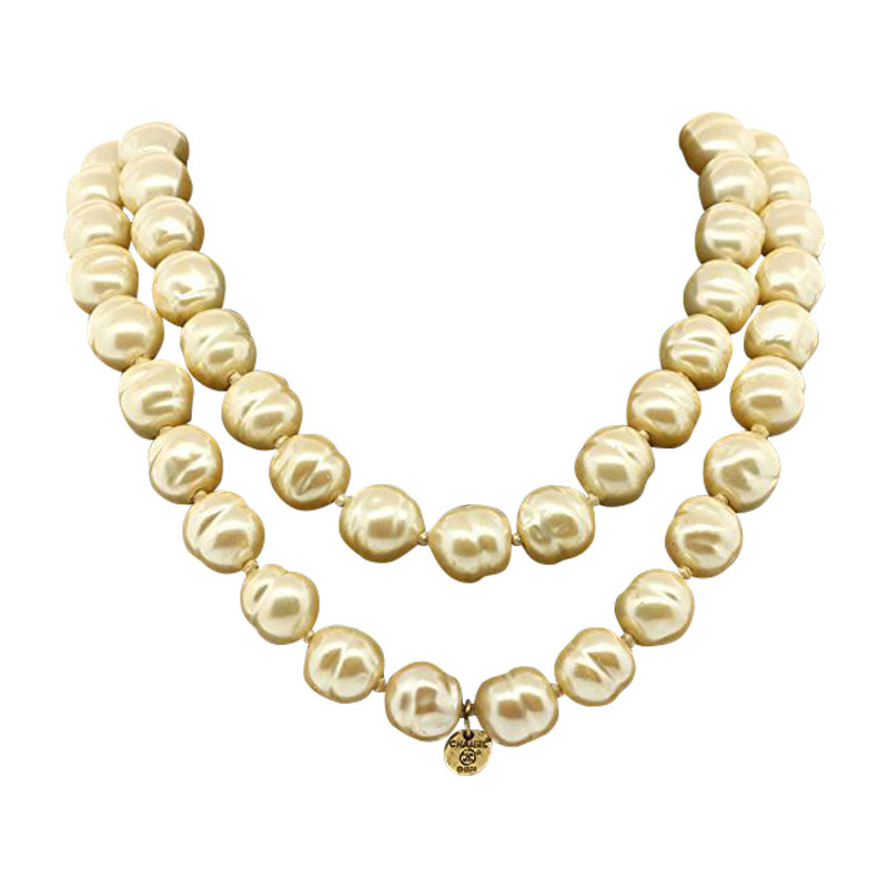 "Image of ""Chanel Gripoix Poured Glass Bead Pearl Strand Necklace"""