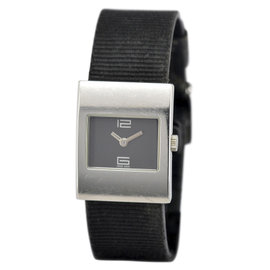 Gucci 4900L Stainless Steel 23mm Womens Watch
