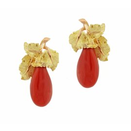 Buccellati 18K Yellow Gold Ox Blood Coral Gold Earrings