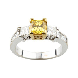18k White & Yellow Gold 1.30 Ct Yellow Princess Cut 3 Stone Diamond Engagement Ring