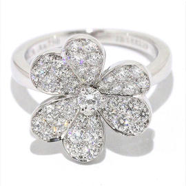 Van Cleef & Arpels 18K White Gold and Diamond Ring Size 5