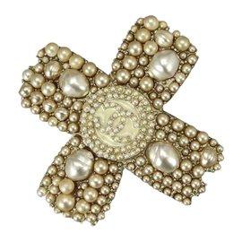Chanel Gold Tone Metal Faux Pearl Cross Brooch