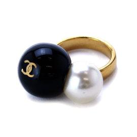Chanel Gold Tone Metal Bijou Fake Pearl Ring Size 6-6.25