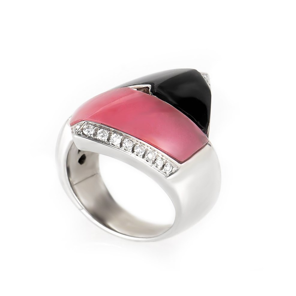 "Image of ""Bibigi 18K White Gold Pink Agate and Onyx Ring Size 7.25"""