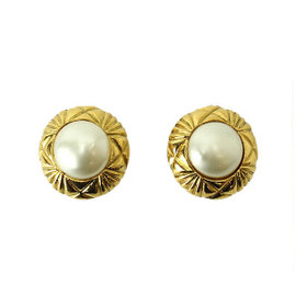 Chanel Gold Tone Metal Fake Pearl Round Earrings