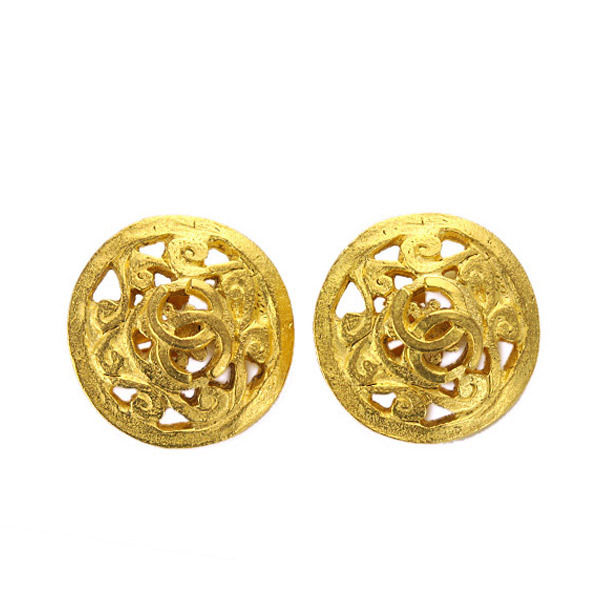 "Image of ""Chanel Gold Tone Metal Round Type Earrings"""