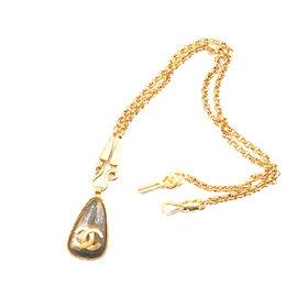 Chanel Gold-Tone Vintage Tear Drop Pendant Necklace