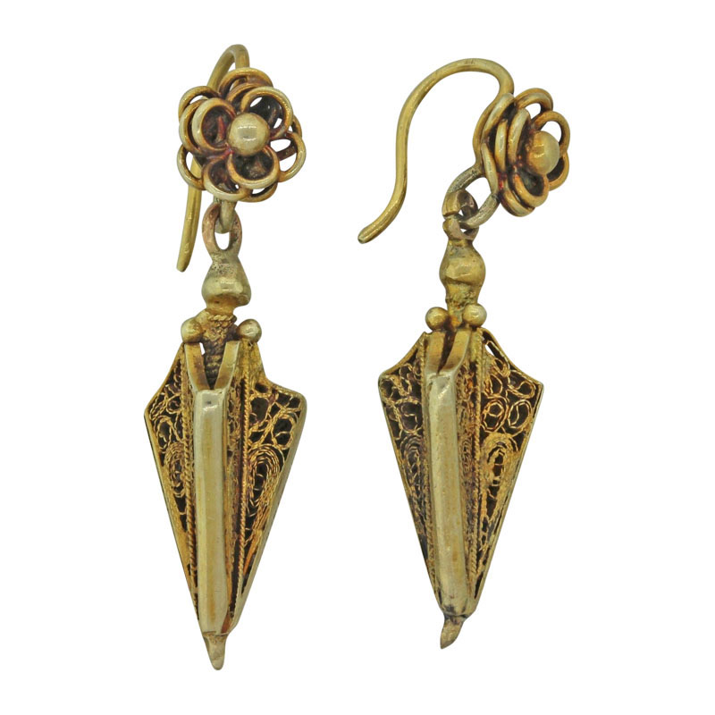 "Image of ""14K Yellow Gold Filigree Hanging Victorian Earrings"""