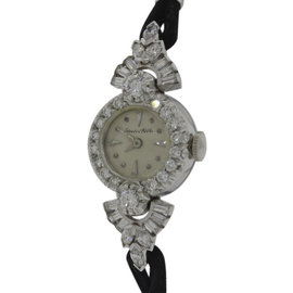 IWC Platinum & 14K White Gold 1ctw Diamond Womens Watch Circa: 1940