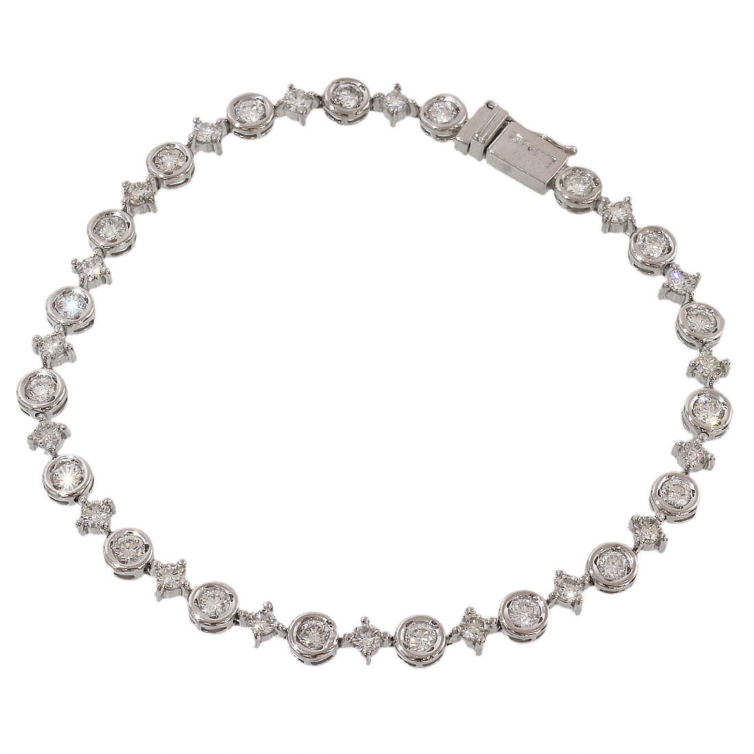 "Image of ""De Beers 18K White Gold 2.60ct Diamonds Bracelet"""