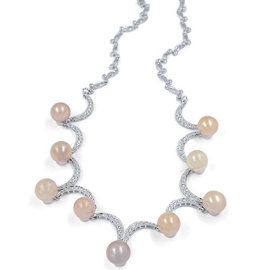 18K White Gold Cast & Assembled Fresh Cultured Pearl & Diamond Necklace