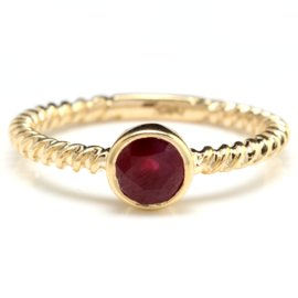 14K Yellow Gold 0.8ct Natural Ruby Ring Size 7