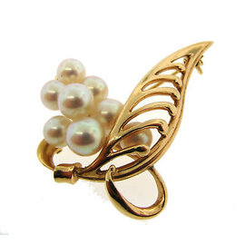Yellow Gold Pearl Flower Brooch by Mikimoto